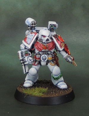 Citadel Space Marine Minotaurs Apothecary 40k2e Oldhammer