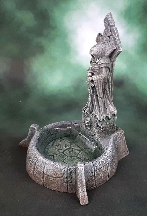 Reaper Bones 4 Fantasy Scenics Fountain